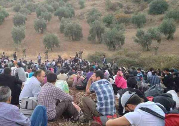 Blockade-on-the-Turkish-border-2215