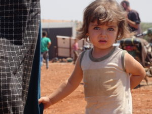 طفلة من ريف إدلب في المخيمات - زيتون